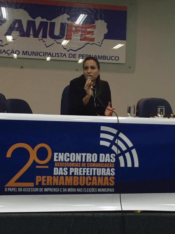 Diana Câmara fala sobre cartillha da Amupe