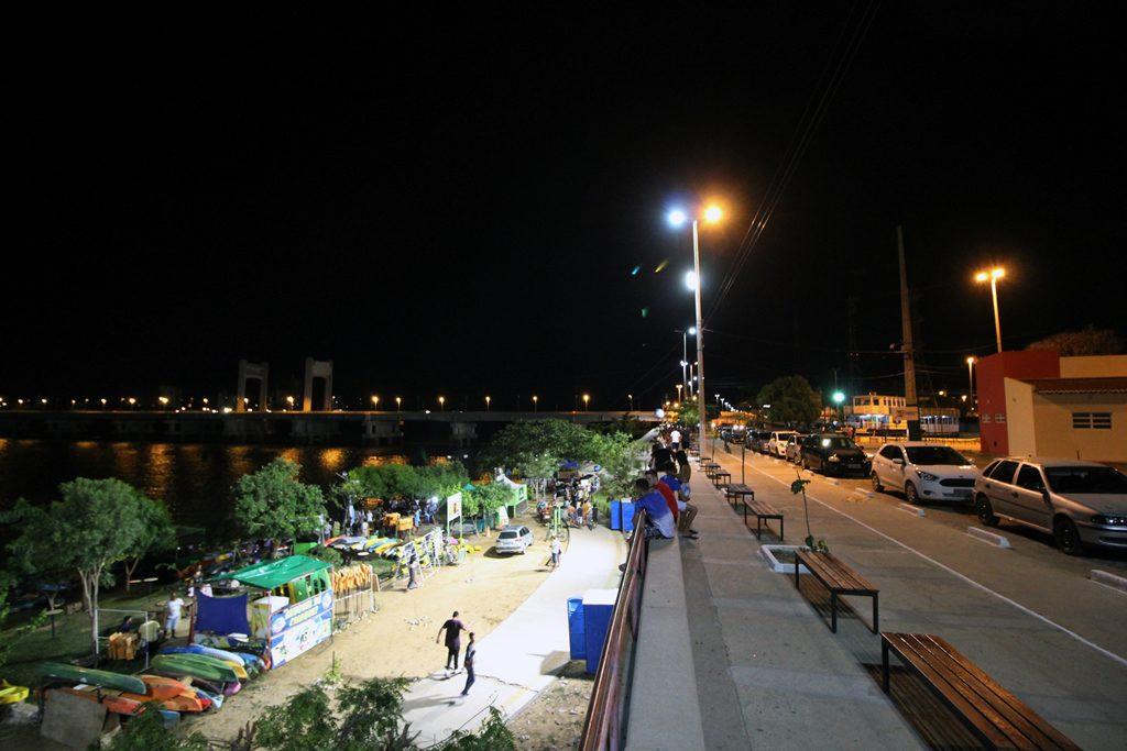 Resultado de imagem para Sistema de iluminação do Parque Fluvial de Juazeiro começa a funcionar e recebe aprovação da população